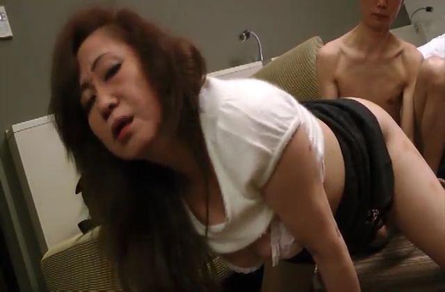 エロ動画 アダルト動画 - 【素人】美しすぎる美女妊婦4p