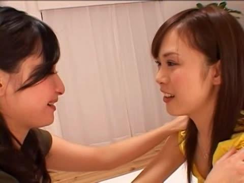 人妻の不倫無料jyukujyo動画。綺麗なママ友に恋した欲求不満な美人...